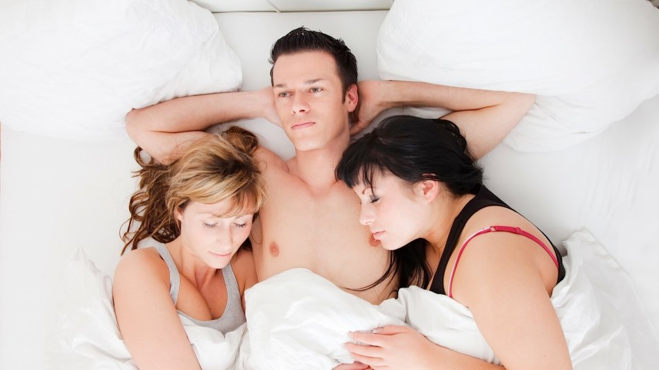 do-people-have-threesomes-best-nude-couple